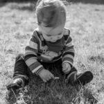Familienshooting Nethen Gänseblümchen Kind