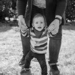 Familienshooting Nethen Erste Schritte Kind